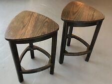 Set of 2 Oak top side tables.