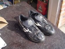New listing Mizuno Men's Size 13 Knobby Sole Spikeless Black Leather Golf Shoes