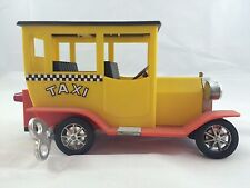 Marx Toys Sparkling Old Timer Taxi (Wind Up)