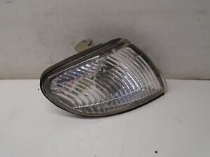 1997 98 99 00 Mazda Millenia Right Side Corner Park Light Fender Mounted OEM