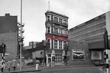 PHOTO  1978 CITY OF LONDON THE BLACK FRIAR PUBLIC HOUSE THIS OLD PUB IS SITUATED