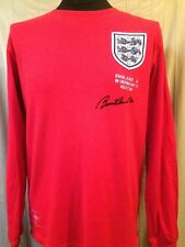c42ac9ed4ed England 1966 Embroidered Shirt Signed By Bobby Charlton With Letter Of  Guarantee