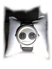 Sportliche Armbanduhr von VW