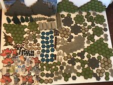 Heroscape Lot : Figures Pieces Dice Castle Terrain Trees Helix Manuals