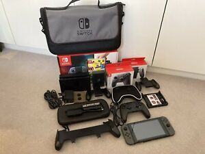 Nintendo Switch console with hardware bundle - Boxed / Mint!