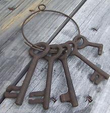 Halloween Costume Jailer Accessory Cast Iron Barrel Treasure Chest Skeleton Keys