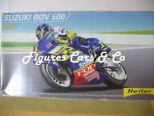 MAQUETTE MOTO 1/24 KENNY ROBERTS JR SUZUKI RGV 500-2001
