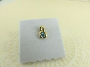 9ct Gold Blue Topaz Pendant Charm with gift box