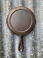 Vintage 3-Notch Lodge No 3 (G) Cast Iron Skillet Hairline crack