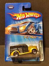 2005 Hot Wheels #92 Pin Hedz 2/5 '40s Woodie - G6819