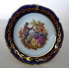 """Vtg Limoges Fm Miniature Plate W/Stand Courting Couple & Gold 2 1/2 """" Diam. Mint"""