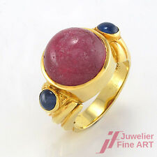 Ring - 1 roter Turmalin + 2 Saphire in 585/14K Gelbgold - Gr. 53 - 9,7 g