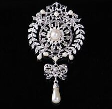EXTRA LARGE  SILVER TONE FAUX PEARL DIAMANTE CRYSTALTEAR  DROP BOW BROOCH PIN