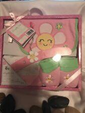 Baby Girls 4 Piece Layette Set Size 0-6Months
