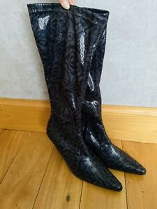 Womens Size 6 Long Snakeskin Style Floral Boots Statement Striking Pointed Toe