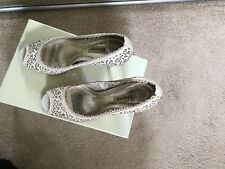 dune peep toes, cream floral laser cut, size 6, used