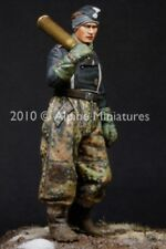 Alpine Miniatures 1:35 WWII German Waffen SS Panther Crew #1 Resin Figure #35105