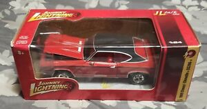 2011 Johnny Lightning 1969 Chevy Chevelle SS396 - Red/Blk Release 52 1/24 Scale