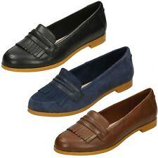 93b1ada3c22 Clarks Ladies Fringe Trim Loafer Flat Shoes Andora Crush UK 5 Black D