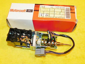 1985-1989 Lincoln Town Car NOS NEW Genuine OEM HEAD LAMP LIGHT SWITCH