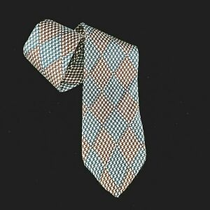 "Hugo Boss Neck Tie 100% Silk Italy Houndstooth Pattern Blue Brown Beige 58""x3.5"""