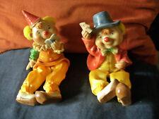 deux clowns  a asseoir - joueurs de cartes -