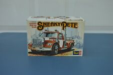 Sneaky Pete Revell California Pickup 1/25