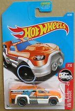Hot Wheels 2017 19 of 365 Rescue Duty Hotwheels HW Rescue - Long Card