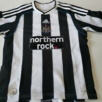 maillot  de football Newcastle UNITED  taille 10 ans ADIDAS