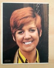 CILLA BLACK 'yellow blouse' magazine PHOTO/Poster/clipping 13x10 inches