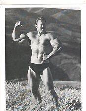 bodybuilder LARRY SCOTT Outdoor Arm Pose Bodybuilding Muscle Photo b+w