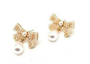 Hot selling Elegant Ribbon Studs