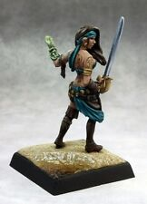 Isabella Locke Reaper Miniatures Pathfinder Caster Rogue Assassin Pirate Melee