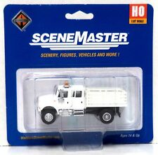 Walthers SceneMaster 949-11894 International MOW Open Stake Bed Truck
