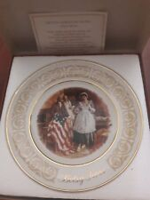 Avon 1973 Collectors Plate Betsy Ross Patriot Flagmaker Enoch Wedgwood In Box