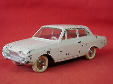 DINKY TOYS FORD TAUNUS Ref 559 / JOUET ANCIEN MECCANO VOITURE