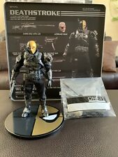 Mezco One:12 PX Exclusive Deathstroke COMPLETE