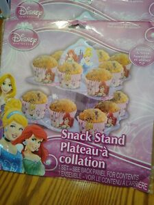 Disney Princess Cupcake Snack Stand 9 Inches Tall and 18 baking cups /picks NEW