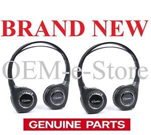 2015-2016 Cadillac Escalade Rear Ceiling DVD Entertainment Wireless 2 Headphones