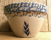 RRP Robinson Ransbottom Roseville Pottery Blue Wheat & Sponge Ware Mixing Bowl 8