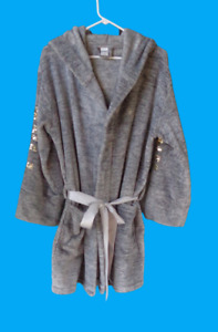 VS Pink Marled Gray Soft Plush Hooded Robe Sequins Puppy Dog Front Pockets M L