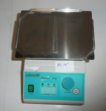 Labnet Orbit P2 Microplate Shaker 438