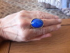 BRAND  NEW  SILVER RING WITH A LARGE DEEP BLUE STONE  SIZE O +1/2 WITH GIFT BOX
