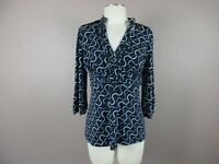 New Maurices Women's Size M Blue/White 1/2 Buttons V-Neck 3/4 Sleeve Top 653