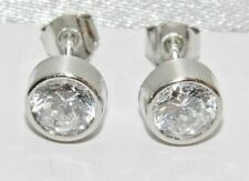 9ct White Gold 0.75ct Solitaire Bezel Set Stud Earrings -