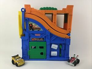 Fisher Price Little People Disney Cars 2 Racing Rivalry Track 2010 Playset Toy