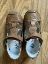 Nwot Naturino girls Unisex sandals, Brown cute Euro size 24 Soft leather