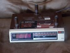 Vintage GE Spacemaker Model 7-4212A Digital Clock Radio Under Cabinet
