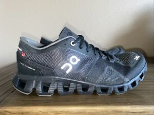 On Cloud (Cloud X) Running Shoes CloudTec Swiss Engineering (black) US 7