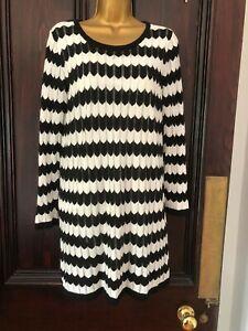 Mela London Black & White Chevron Knee length Dress size 14